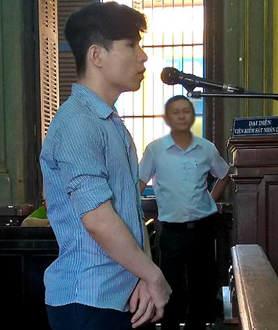 Bị cáo Nhân đã rút kháng cáo tại tòa. Ảnh: Bình Nguyên.