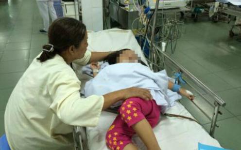 Bệnh nhi được điều trị tại Bệnh viện Nhi đồng 1. Ảnh: M.T