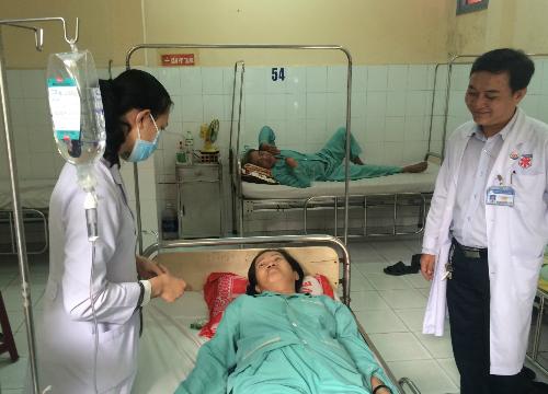 Bệnh nhân hiện đã có thể nằm thở, nghỉ ngơi thoải mái. Ảnh: Lê Phương.