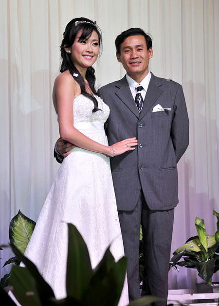 Lê Nhã Uyên cũng kết hôn ngay sau cuộc thi Hoa hậu Việt Nam kết thúc nhưng cuộc hôn nhân này đã không bền