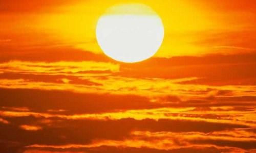 Cứ mỗi giây, Mặt trời giải phóng ra một số lượng hạt netrino nhiều gấp 10 lần dân số trên Trái đất.