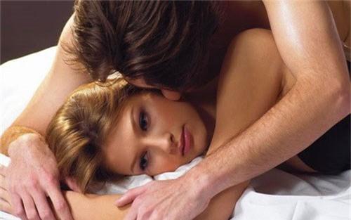 Sáng tạo, cởi mở và trải nghiệm mới có thể cải thiện được đời sống tình dục của bạn (Ảnh minh họa: Internet)