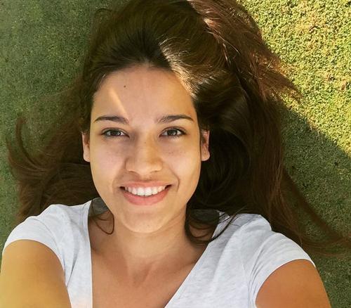 Claudia Barrionuevo, Hoa hậu Argentina 2015, tự ghi lại khoảnh khắc tự nhiên của mình khi tham gia Hoa hậu Hoàn vũ 2015.