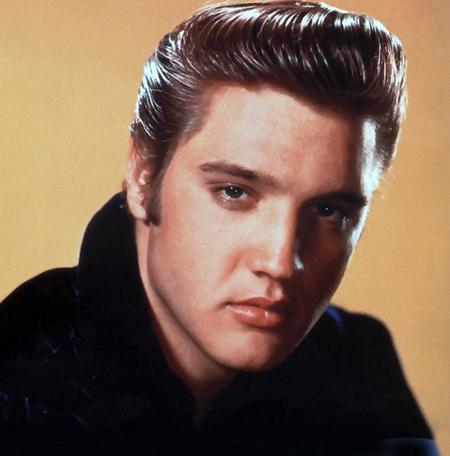 Ông vua nhạc rock and roll Elvis Presley
