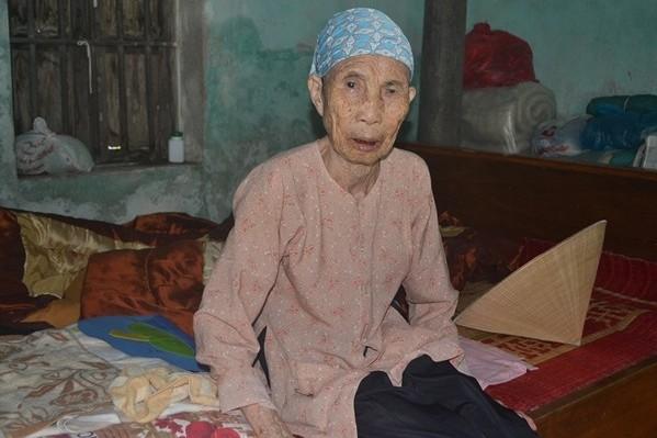 Cuộc sống nghèo khó, bệnh tật của cụ Quỳnh đang cần lắm những tấm lòng hảo tâm.  Ảnh: Đức Tùy