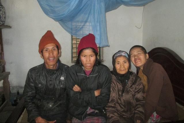 Gia đình bà Đinh Thị Định. Ảnh: S.Nguyễn