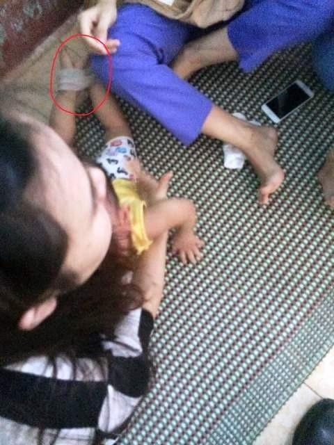 Bé P.L trường mầm non Sơn Ca (TP.Quảng Bình) đã bị cô giáo trói, nhét giẻ vào mồm ngay trên lớp học.