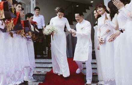 Đại gia Đức An và người mẫu Phan Như Thảo hạnh phúc trong lễ đính hôn