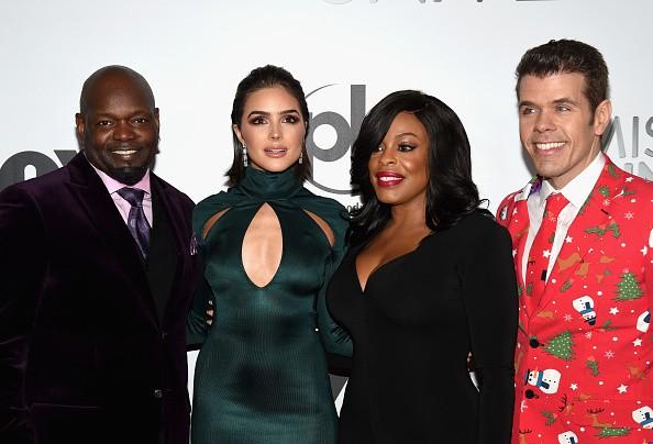 Bộ tứ giám khảo của chung kết Miss Universe 2015 - Emmitt Smith, Olivia Culpo, Niecy Nash và Perez Hilton (từ trái qua phải). Ảnh: Getty