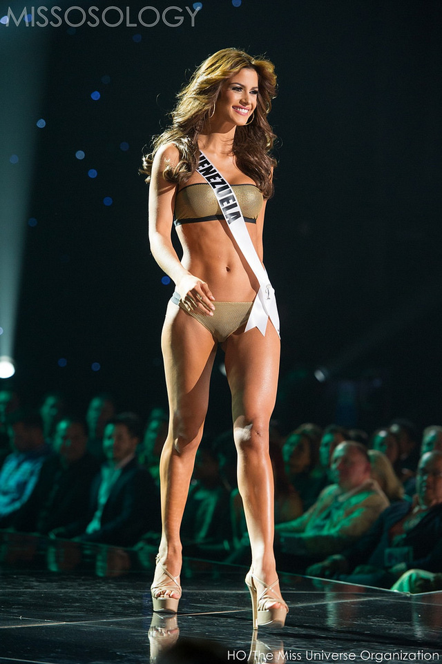 Hoa hậu Venezuela lọt top 10 hoa hậu hoàn vũ 2015