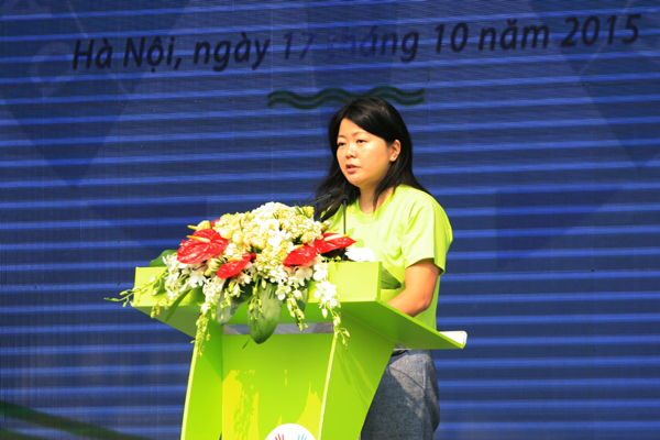 Bà Ritsu Nacken, Quyền Trưởng Đại diện UNFPA tại Việt Nam: Nhân dịp này tôi chúc mừng những nỗ lực của Việt Nam trong công tác bước đầu giải quyết mất cân bằng giới tính khi sinh.