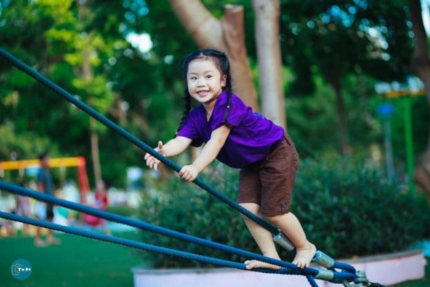 D:\Freelance PR\2015\Wyeth\me Dinh Lan Phuong.jpg