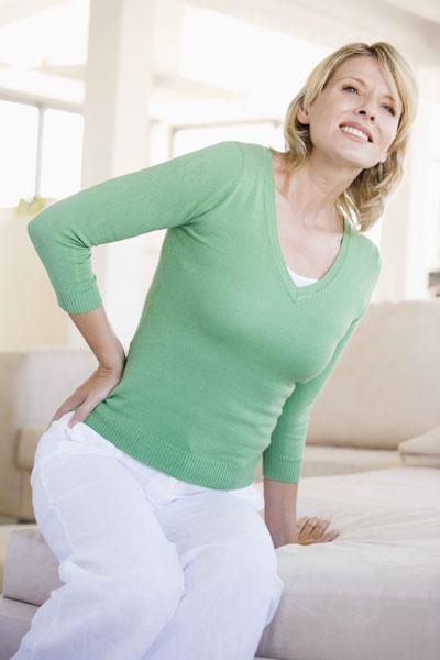 Đau thắt lưng ngày càng phổ biến.