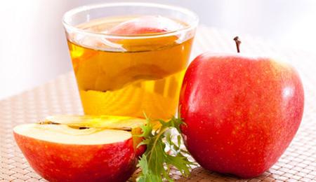 Giấm táo giúp cải thiện tình trạng vẩy da