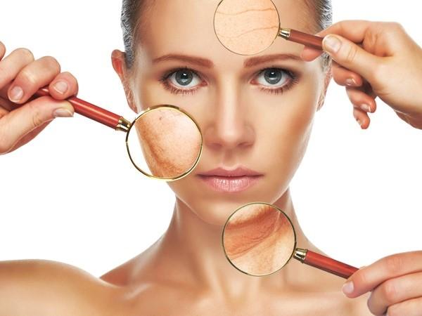 Thời tiết khi giao mùa mang tới nhiều tác động tiêu cực lên làn da phụ nữ