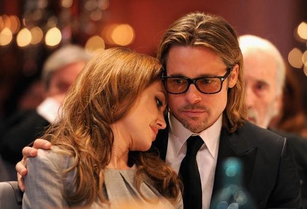 Từng khuyết điểm của Angelina Jolie lại càng khiến Brad Pitt yêu cô hơn