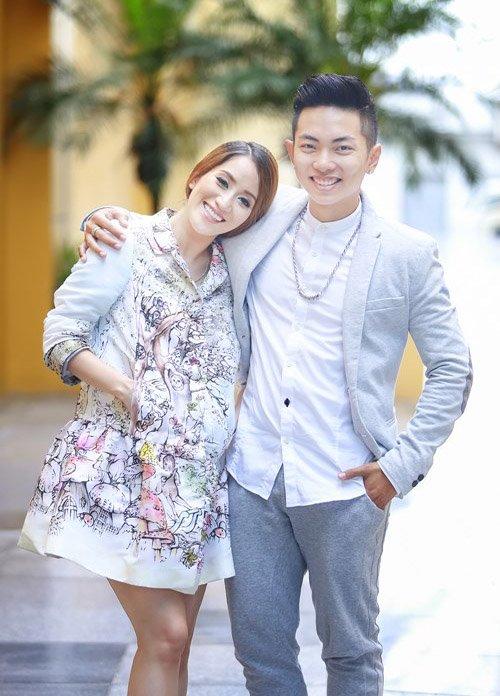 Chuyện tình lệch tuổi của Khánh Thi, Phan Hiển khiến nhiều người ngưỡng mộ.