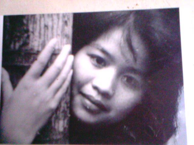Bà Trần Thị Hồng thời còn là nữ sinh trường Mỹ thuật.