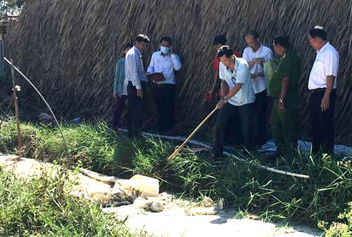 Khu vực đường dẫn khí hầm biogas khiến 8 người bị ngạt. Ảnh: Phúc Hưng