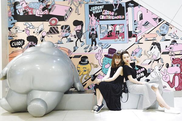 Với thế mạnh về trang phục đường phố có chất, Song Yến ngày càng phát huy hình ảnh đẹp, sành điệu khi đăng tải những hình ảnh mới.