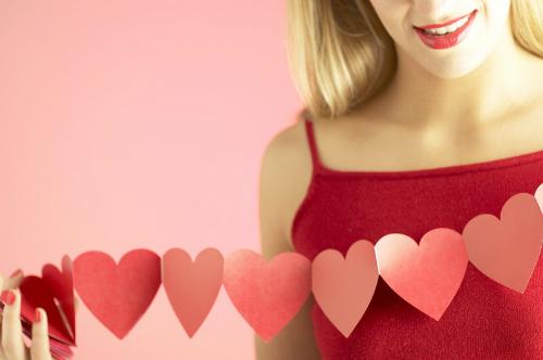 Sex không hại tim như nhiều người vẫn tưởng. Ảnh:seabuckthorninsider.com.