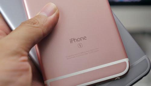 Màu vàng hồng thật sự được chú ý khi Apple ra iPhone 6s.