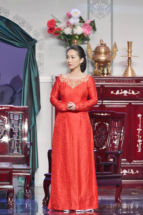 Mới đây, Kim Hiền đã trở lại với sân khấu kịch sau thời gian dài rời xa nghệ thuật. Cô đảm nhận vai Yến Tuyết trong vở Cuối đời thương nhớ, dựa trên tác phẩm của nhà văn Hồ Biểu Chánh.