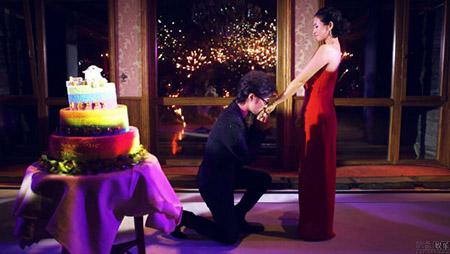 Chương Tử Di và Uông Phong kết hôn sau 3 năm quen biết.
