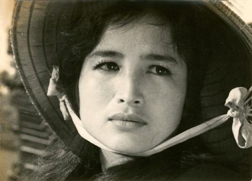 Nghệ sĩ Trà Giang là biểu tượng sắc đẹp một thời của điện ảnh Việt. Ảnh tư liệu.