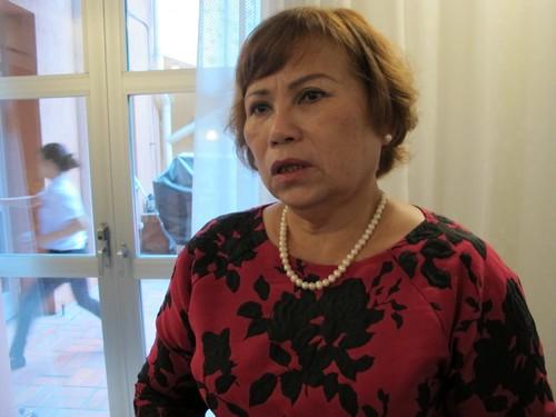 Bà Phan Thị Hạnh, Chủ tịch Hội nữ hội sinh Việt Nam được nhận giải thưởng Midwives4all. Ảnh: N.Phương.