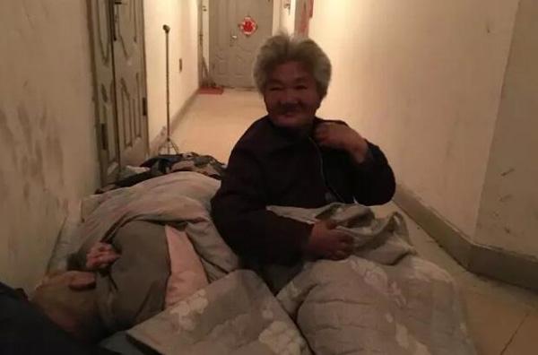 Vợ chồng bà Zhu Sulan. Ảnh: Weibo