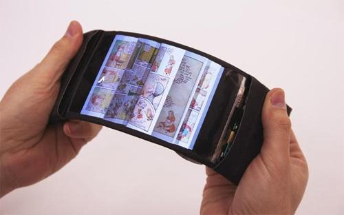 Điện thoại có thể uốn sang phải để lật trang khi đọc truyện.