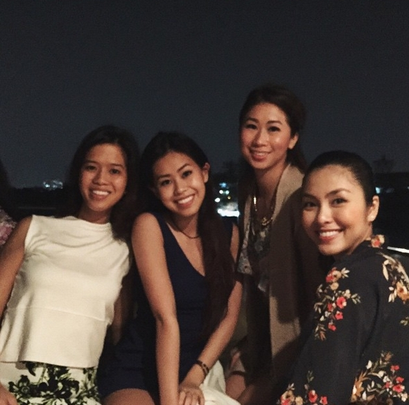 Đại gia đình nhà Louis Nguyễn thường xuyên quây quần bên nhau trong những bữa tiệc hay những chuyến du lịch ngập tràn tiếng cười.