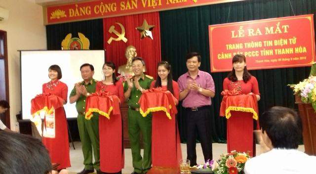 Cắt băng ra mắt Trang thông tin điện tử Cảnh sát PCCC tỉnh Thanh Hóa
