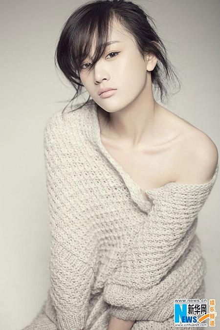 """Trương Mông từng bị mang tiếng là """"hồ ly tinh"""" khi là kẻ thứ ba phá hoại hạnh phúc của nữ diễn viên Lưu Vũ Hân và chồng là Lý Mông."""