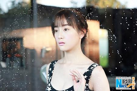 """Không chỉ bị dư luận và đồng nghiệp lên án, Trương Mông còn để """"tuột"""" mất vai nữ chính Trịnh Vy trong bộ phim truyền hình """"Anh có thích nước Mỹ không""""."""