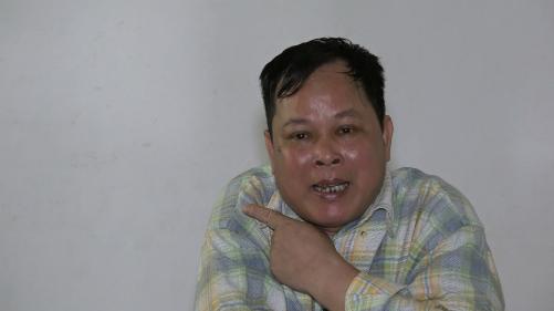 Ông Lâm chia sẻ về những khó khăn trong công việc của mình. Ảnh: Lê Nga.