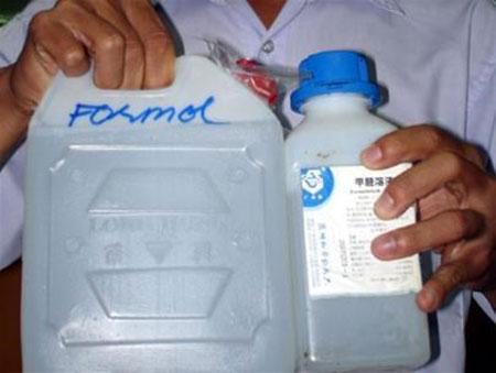 Formol là chất cấm không được sử dụng trong chế biến thực phẩm dù với bất cứ liều lượng nào.