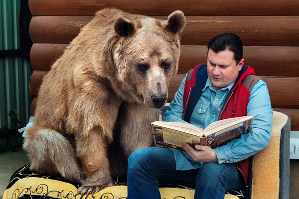 Stepan được nhận xét là rất tình cảm, luôn đối xử nhẹ nhàng với con người. Ảnh: Caters