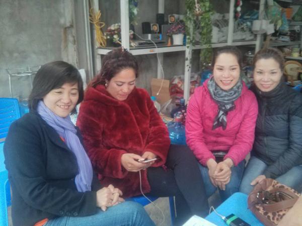 Một gia đình ở Hà Nội chủ động tìm đến nhà chị Trang vì thấy người thân của họ có ngoại hình khá giống với chị. Tuy nhiên, kết quả ADN chỉ ra chị Trang không có quan hệ huyết thống với họ.