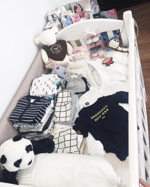Khánh Ly đang rất mong chờ đứa con này và chuẩn bị sẵn nhiều đồ cho bé.