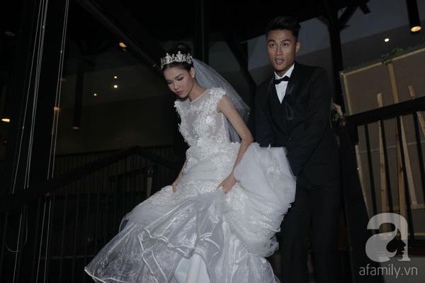 Chân sút than Quảng Ninh tất bật nâng váy cho nửa kia của cuộc đời.