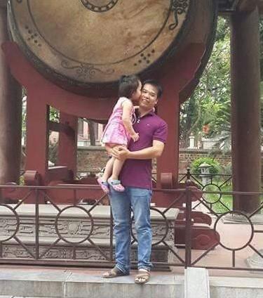 Chuyến đi chơi với con cuối cùng của liệt sĩ Đỗ Văn Mạnh. Ảnh: Gia đình cung cấp.