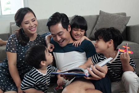 Chưa bao giờ Phan Anh hối hận khi quyết định kết hôn ở tuổi 25.