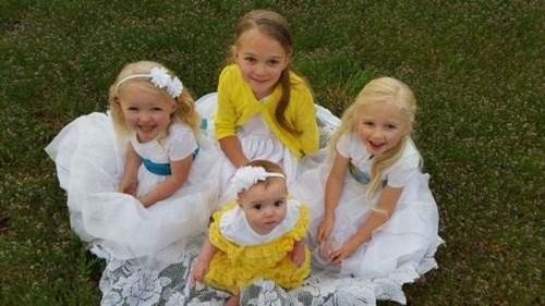 Bốn bé gái trên chuyến xe định mệnh