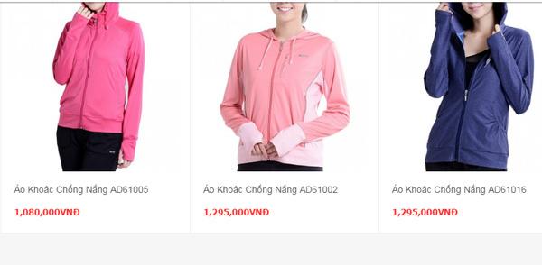 Những chiếc áo chống tia cực tím có giá bán hàng triệu đồng.