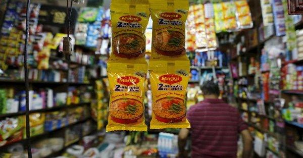 Các cửa hàng quốc doanh ở một số bang của Ấn Độ đã được lệnh loại bỏ mì gói Maggi của Nestle India khỏi kệ trưng bày.