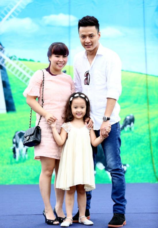 Gia đình là hậu phương vững chắc, giúp Hồng Đăng yên tâm phát triển sự nghiệp.