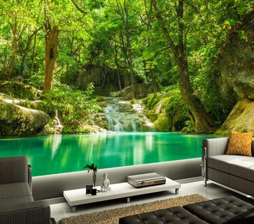 Nhiều gia đình lựa chọn giấy dán tường hình phong cảnh núi rừng cho một mảng tường lớn trong nhà.