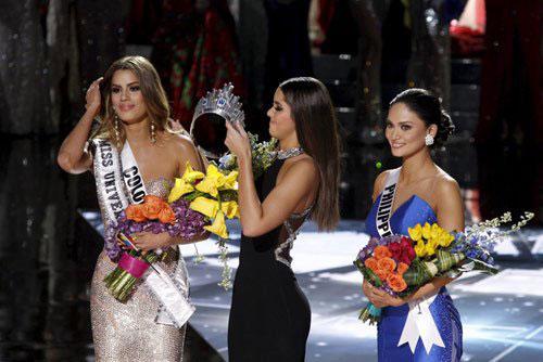 Phạm Hương khẳng định, hoa hậu Philippines hoàn toàn xứng đáng với danh hiệu hoa hậu Hoàn vũ 2015